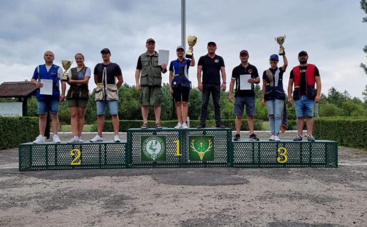 Drugie miejsce w kraju drużyny słupskiego okręgu PZŁ w strzelaniach myśliwskich